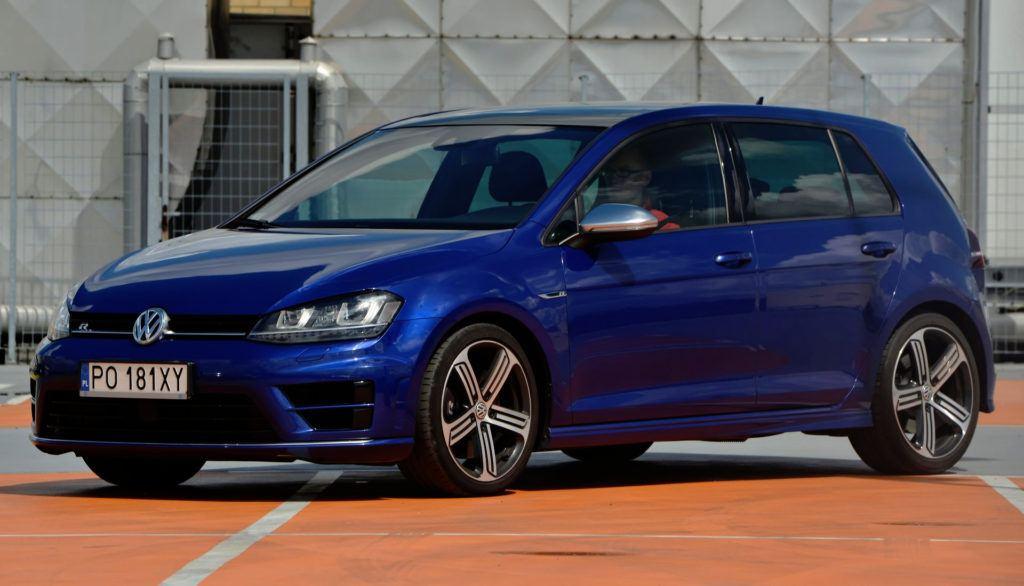 Kompakty - Volkswagen Golf R
