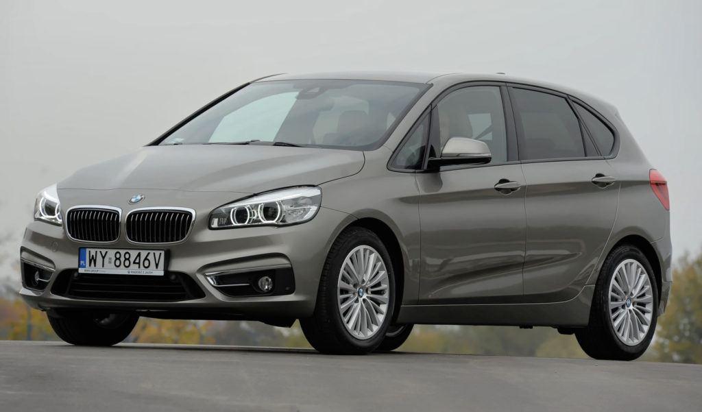 Minivany - BMW serii 2