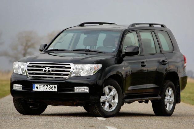 SUVy - najgorszy - Toyota Land Cruiser V8