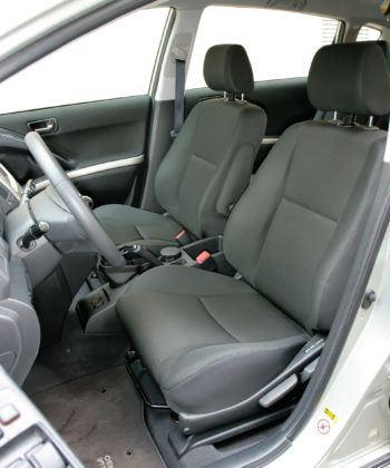 Toyota Corolla Verso - fotel kierowcy