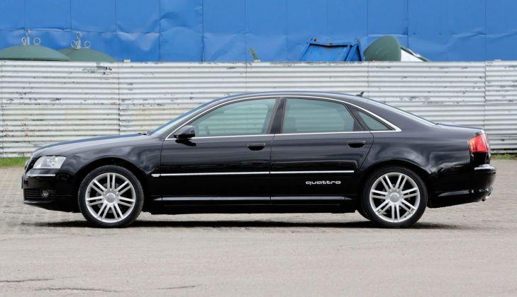 Audi A8 D3 - bok