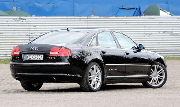 Audi A8 D3 - tył