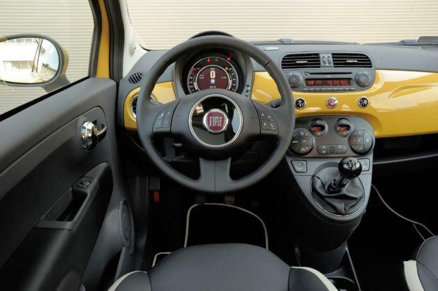 Fiat 500 - deska rozdzielcza