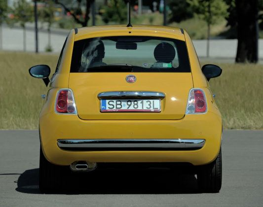 Fiat 500 - tył