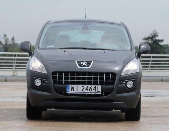 Peugeot 3008 - przód