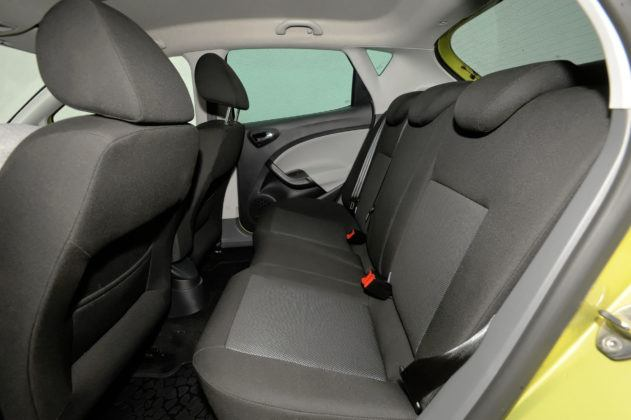 Seat Ibiza IV - tylna kanapa