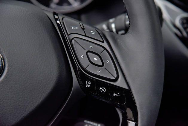 Toyota C-HR 1.2 Turbo - sterowanie na kierownicy