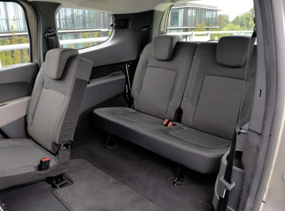 Dacia Lodgy - 3. rząd