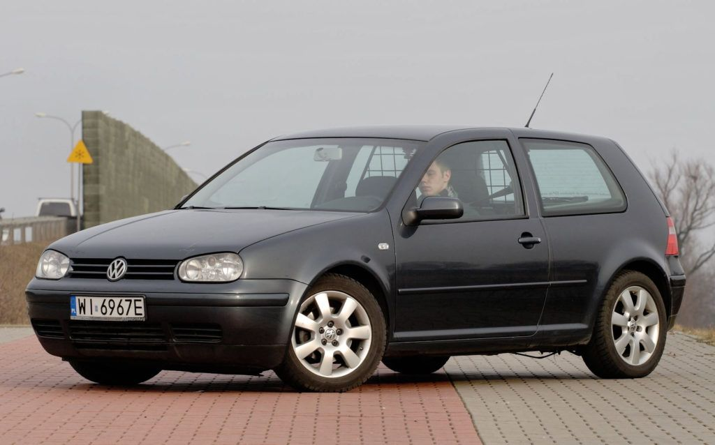 Kompakty - miejsce 1 - Volkswagen Golf