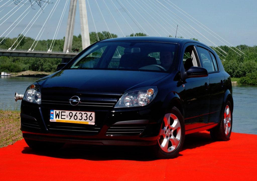 Kompakty - miejsce 2 - Opel Astra