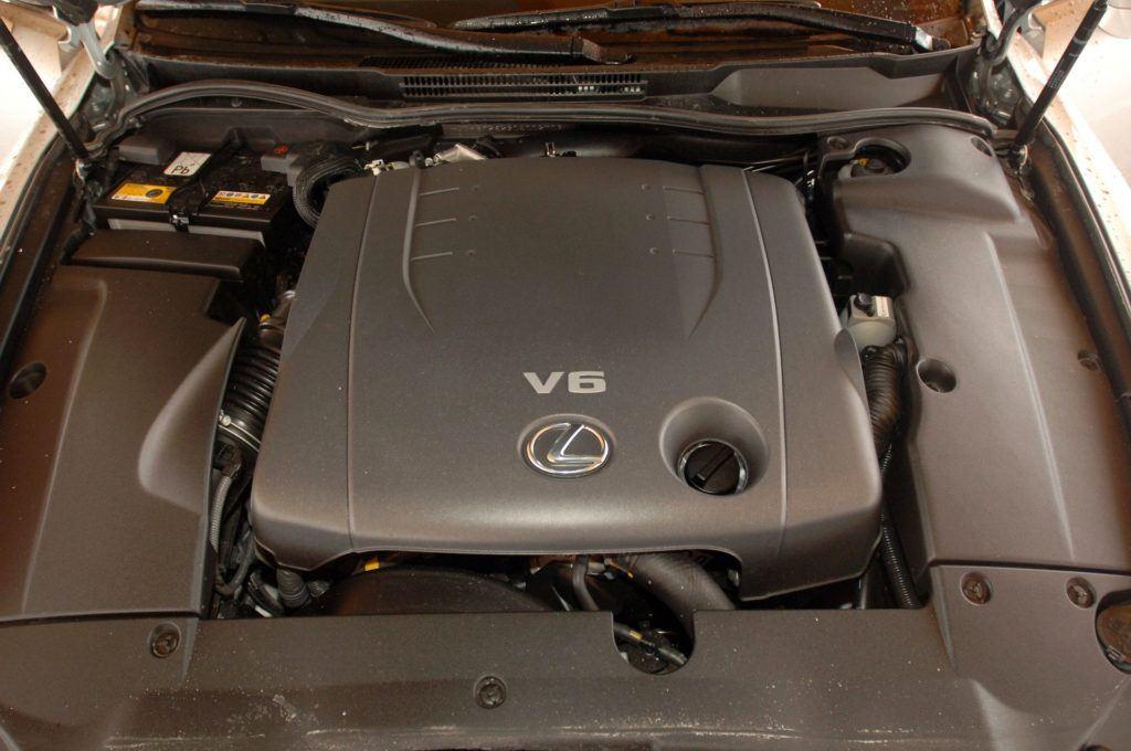 LEXUS IS 250 II 2.5 V6 208KM 6AT WE4816F 02-2006
