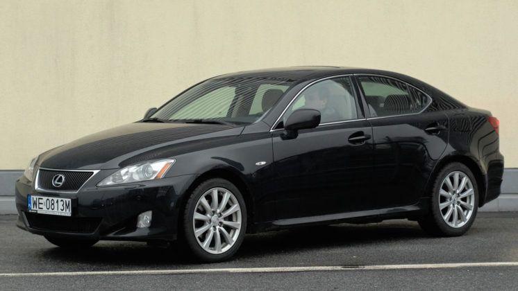Lexus IS II - przód