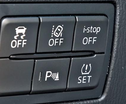 Mazda 3 - systemy bezpieczeństwa