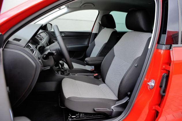 Używana Skoda Rapid - opinie / fotel kierowcy