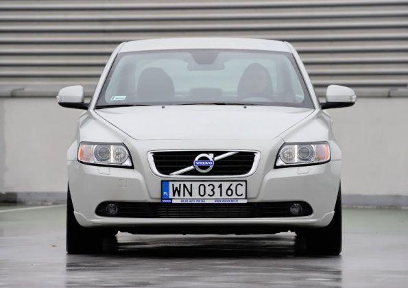 Volvo S40 - przód