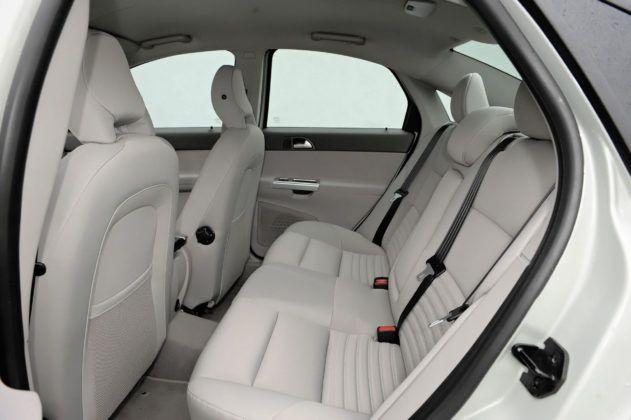 Volvo S40 - tylna kanapa