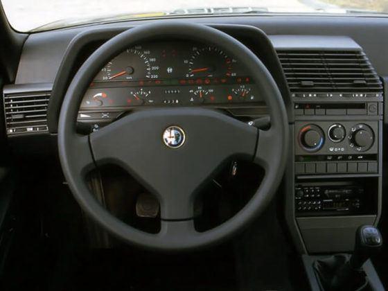 Alfa Romeo 164 - deska rozdzielcza