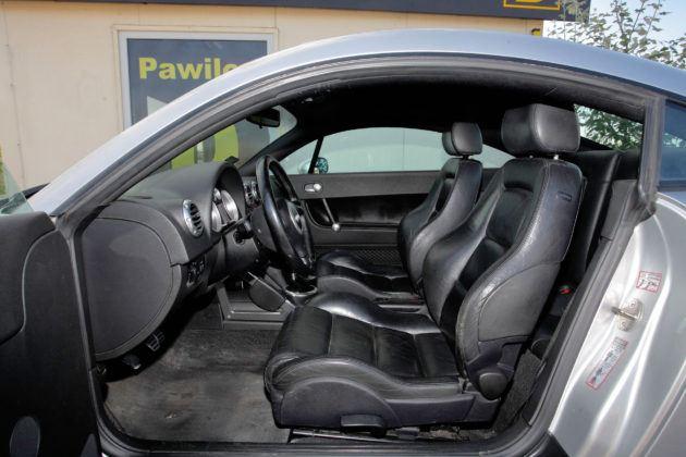 Audi TT I - fotel kierowcy