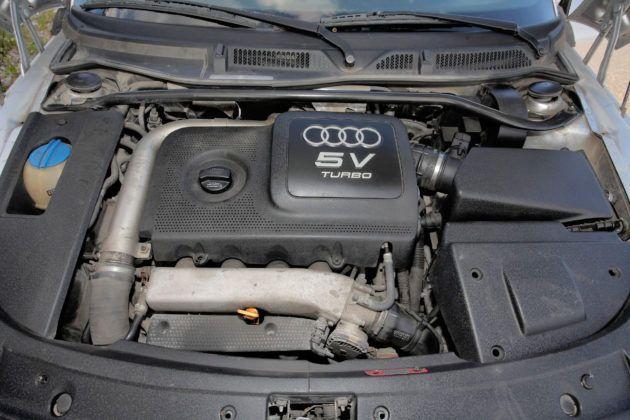 Audi TT I - silnik
