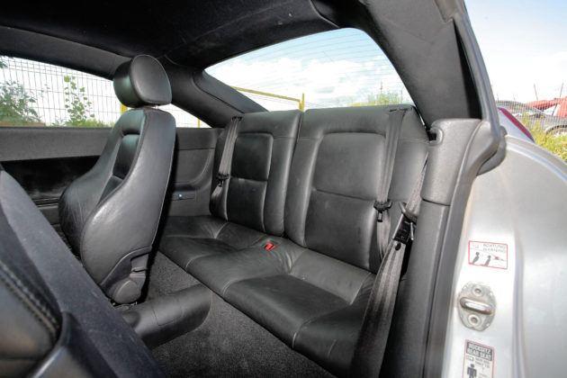 Audi TT I - tylna kanapa