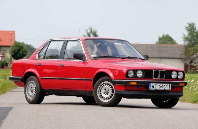 BMW serii 3 E30 - przód