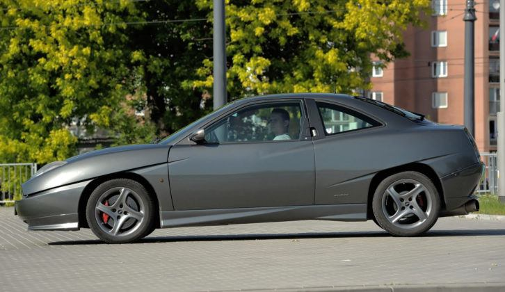 Fiat Coupe - bok