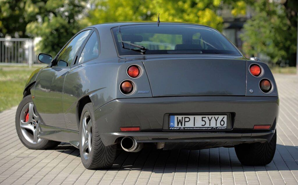 Fiat Coupe - sylwetka 1