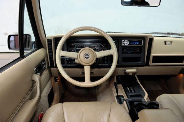 Jeep Cherokee XJ - deska rozdzielcza