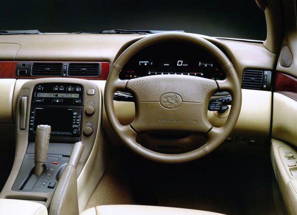 Lexus SC400 - deska rozdzielcza