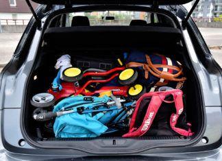 Wakacyjny niezbędnik kierowcy. Pamiętaj, by zabrać te rzeczy przed wyjazdem!