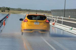 Mokry asfalt - hamowanie