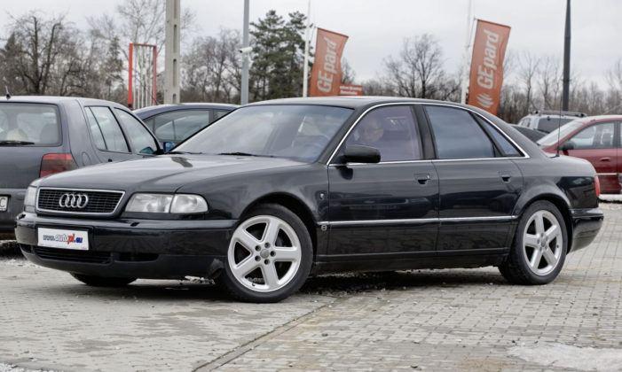 4.2 V8 - Audi A8 I