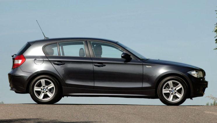BMW serii 1 - bok
