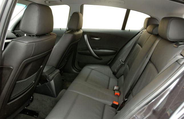 BMW serii 1 - tylna kanapa