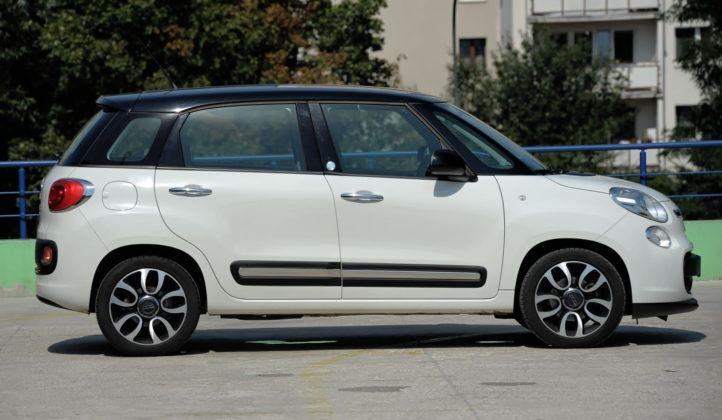 Fiat 500L - bok