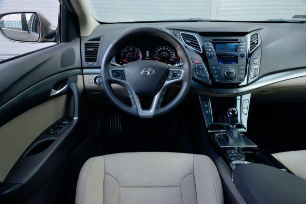Hyundai i40 - deska rozdzielcza