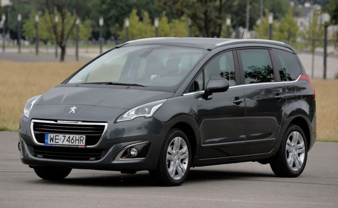 Miejsce 12 - Peugeot 5008