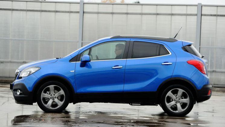 Opel Mokka - bok