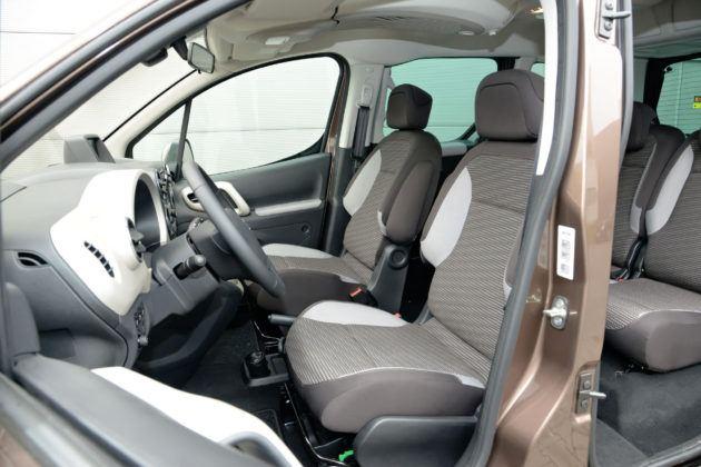 Peugeot Partner - fotel kierowcy