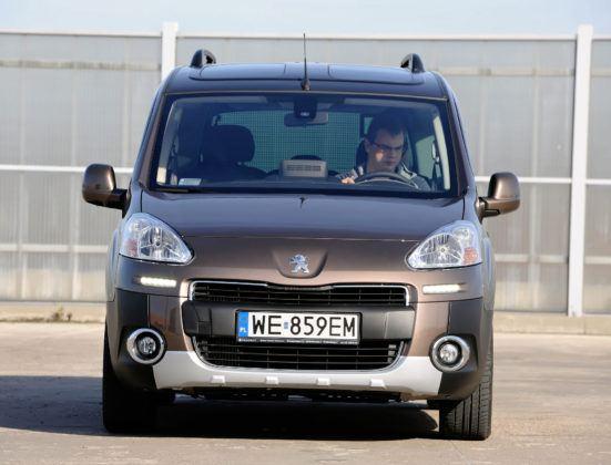 Peugeot Partner - przód