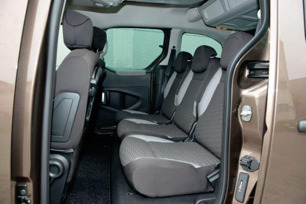 Peugeot Partner - tylna kanapa