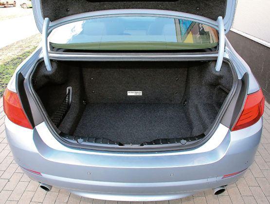 BMW 5 Active Hybrid - bagażnik