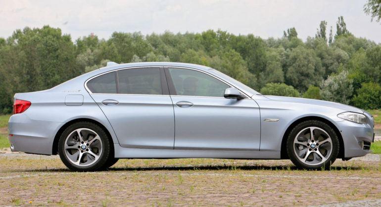 BMW 5 Active Hybrid - bok