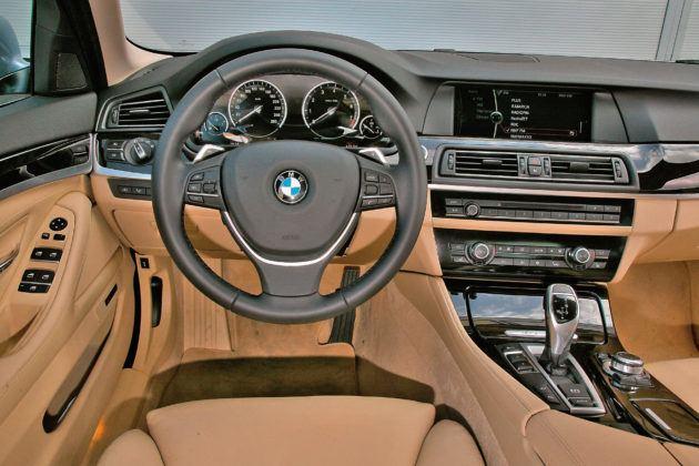 BMW 5 Active Hybrid - deska rozdzielcza