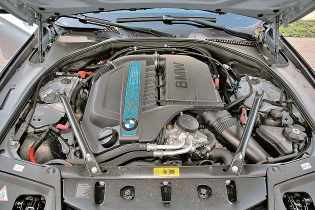 BMW 5 Active Hybrid - silnik