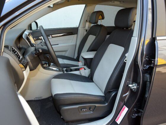 Chevrolet Captiva fotel kierowcy (2)