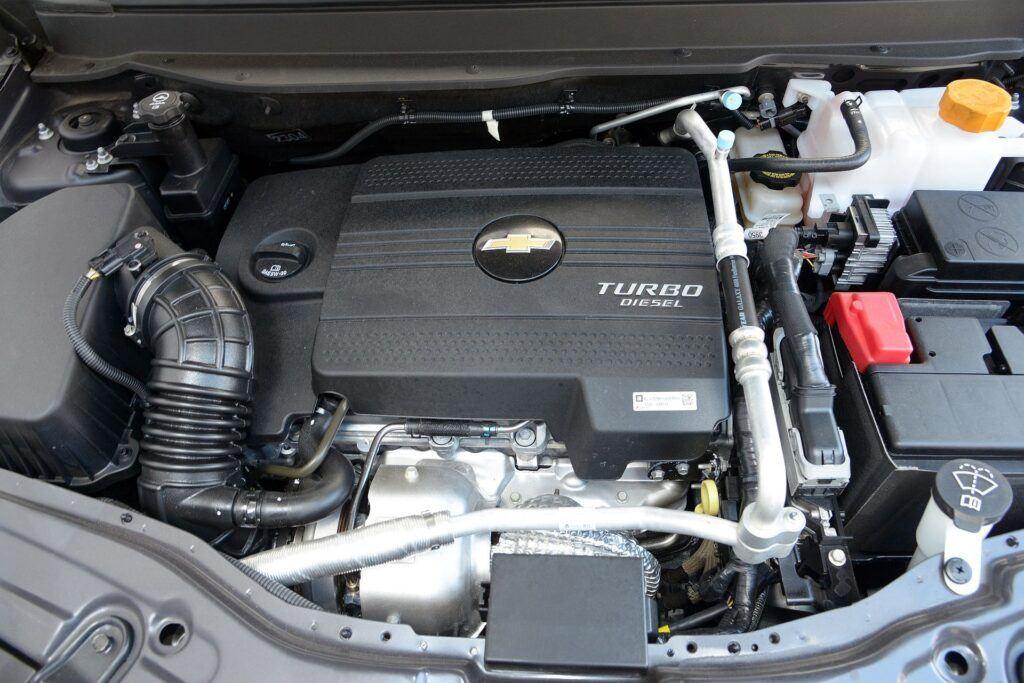 Chevrolet Captiva silnik (2)