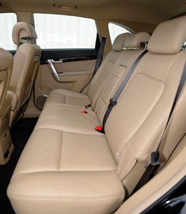 Chevrolet Captiva - tylna kanapa