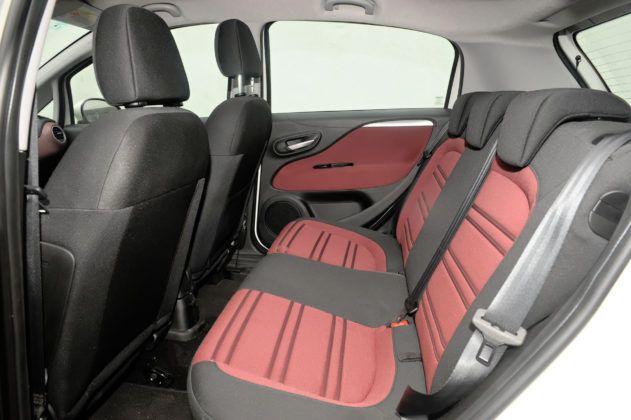 Fiat Grande Punto - tylna kanapa
