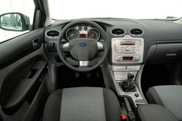 Ford Focus - deska rozdzielcza